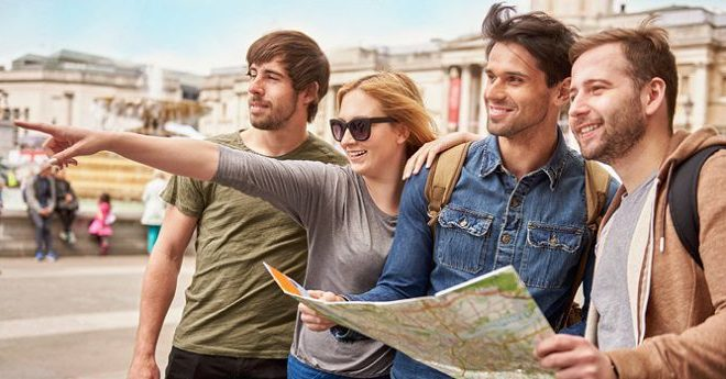 Advantages & disadvantages of a tour guide | usa today.